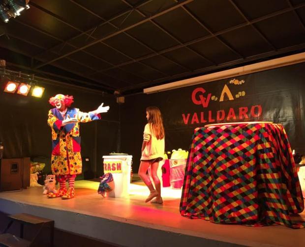 Circ show Camping Valldaro Spanje
