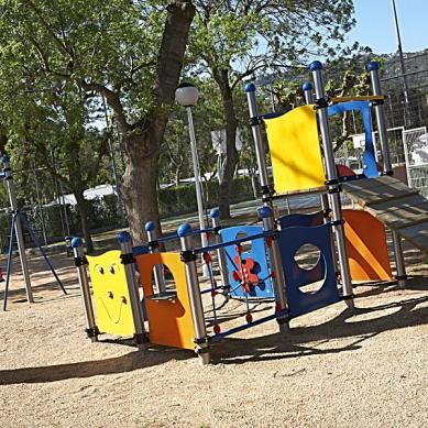 Parque infantil de juego