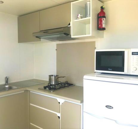 Kitchen Mobil Home Empordanet