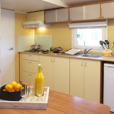 Mobile home kitchen - Camping on the Costa Brava