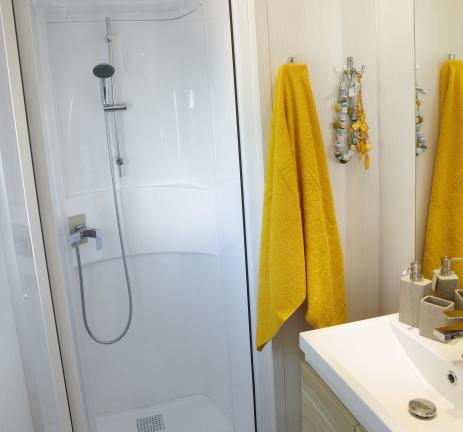 Bathroom of Mobil Home Riuet Camping Valldaro