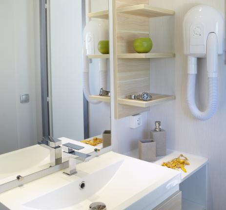 Bathroom of Mobil Home Riuet Camping Valldaro in Playa de Aro