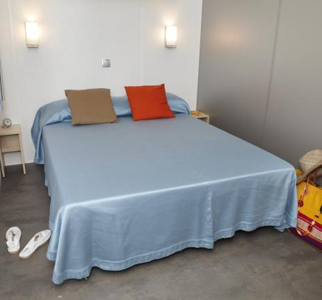 Double bed from Mobil Home Riuet Camping Valldaro Playa de Aro