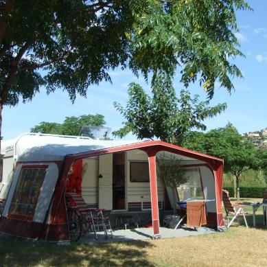 Caravana en Camping & Bungalows Valldaro