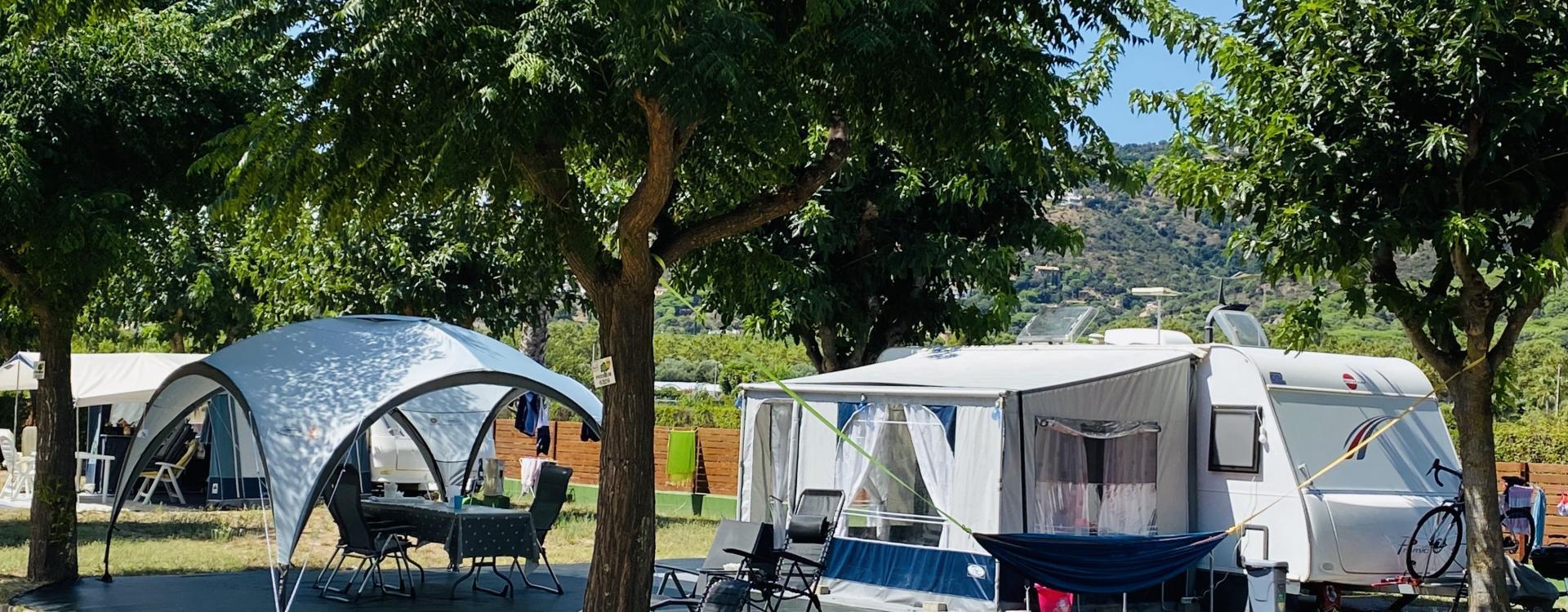 Parcelas grandes del Camping Valldaro
