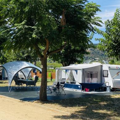 Premium pitches for motorhomes at Camping Valldaro