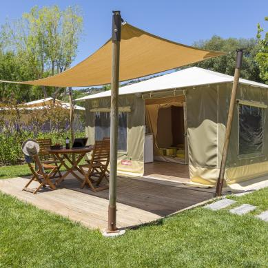 Exterior of the family tents at Camping & Bungalows Valldaro