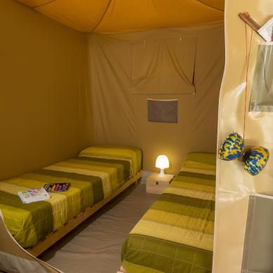 Alquiler de tiendas de campaña con habitaciones en Playa de Aro